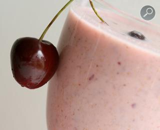 Ποτό κεράσι - ξινόγαλο